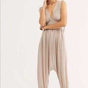 Free people Waiting for the Sun Jumpsuit BNWOT